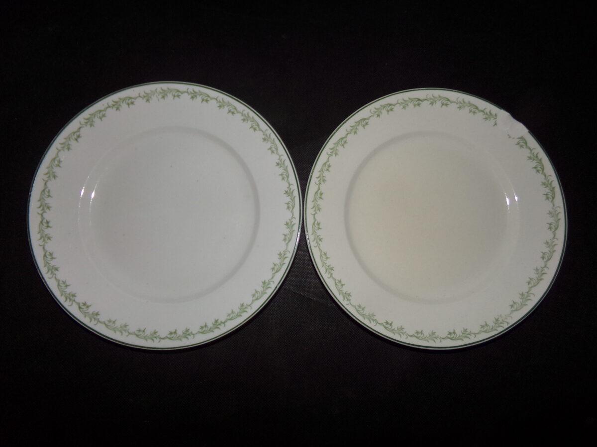 Две тарелки. Рижский фарфор. СССР. 1950-тые года.