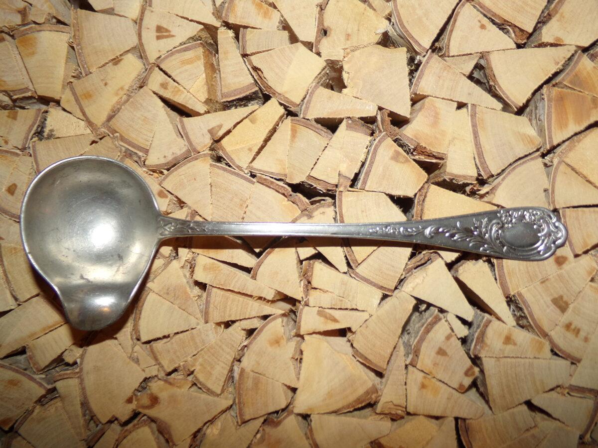 Ложка-соусница из стали. Начало 20 века.