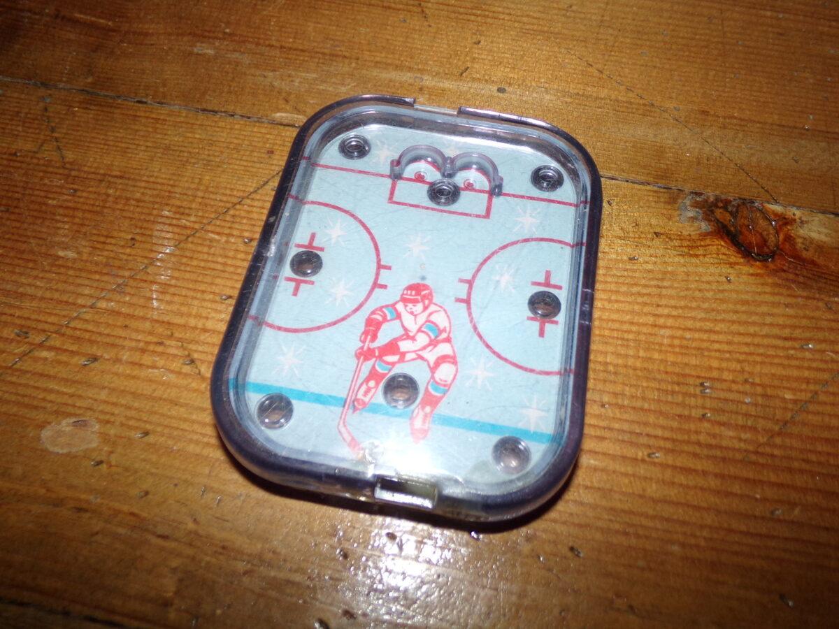"""Kabatas spēle """"Hokejs"""". PSRS. 1980-tie gadi."""