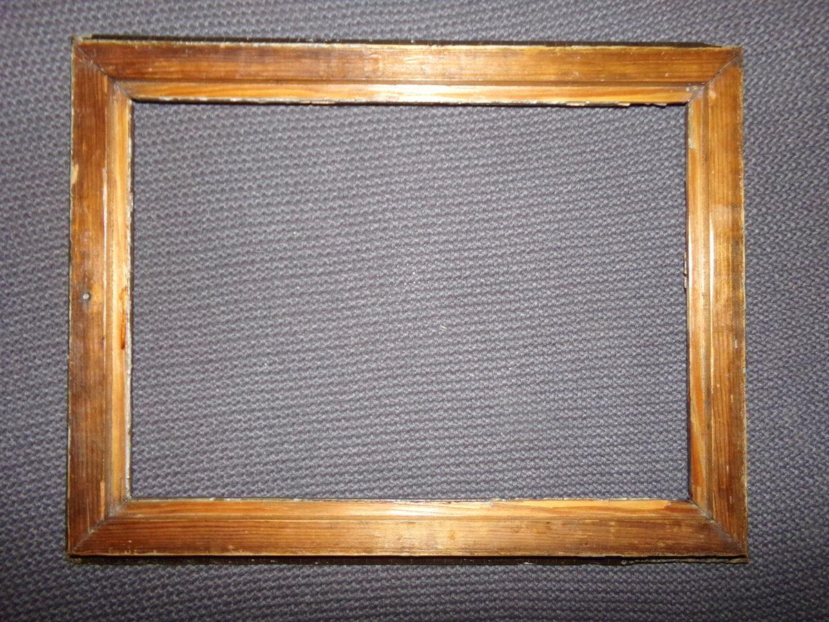 Лепная рамка с орнаментом. 19 век. Размер 44х33 см.