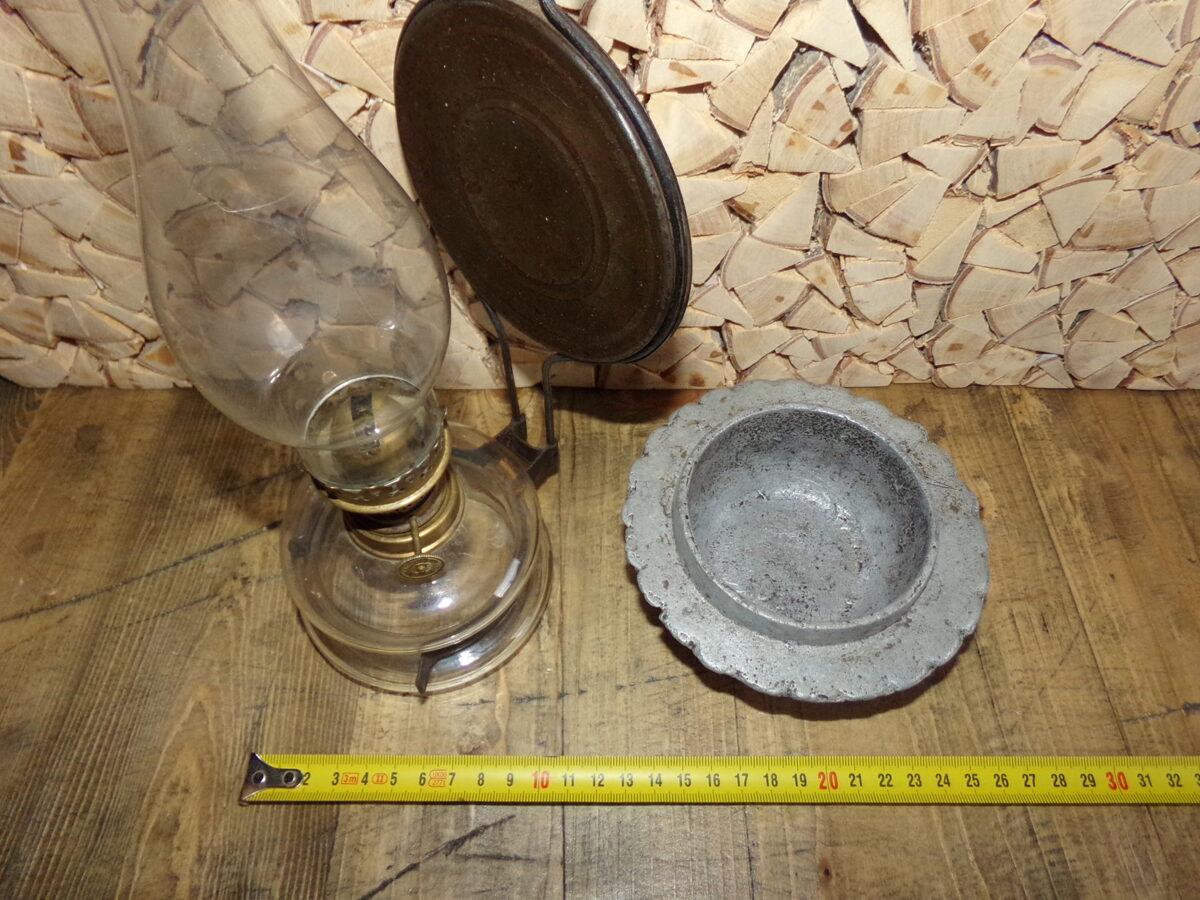 Керосиновая лампа с настенным подвесом и настольной чашей. Начало 20 века.