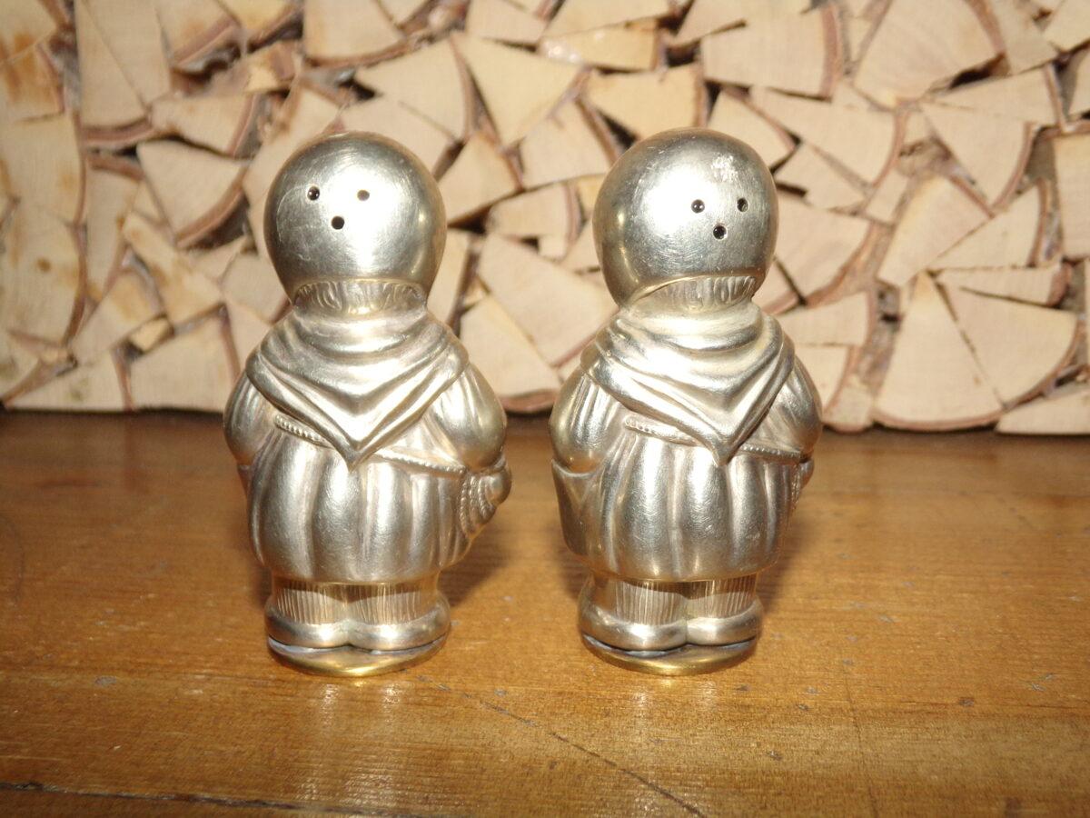 Две металлические фигурки-солонки. Начало 20 века.