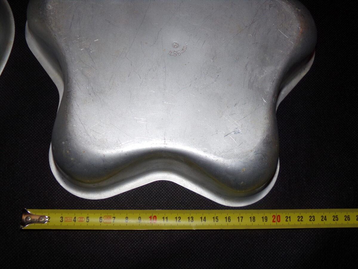 Divas alumīnija formiņas prjaņiku cepšanai. PSRS.