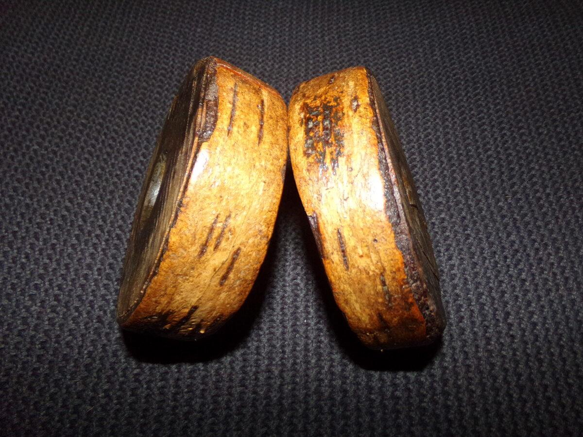 Два маленьких деревянных колеса-шайбы. Восточная Латвия. 19 век.