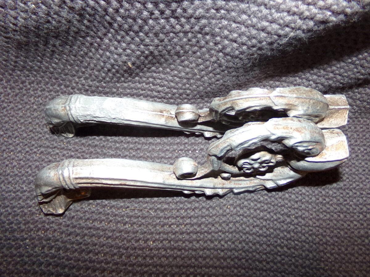 Алюминиевые декоративные элементы.