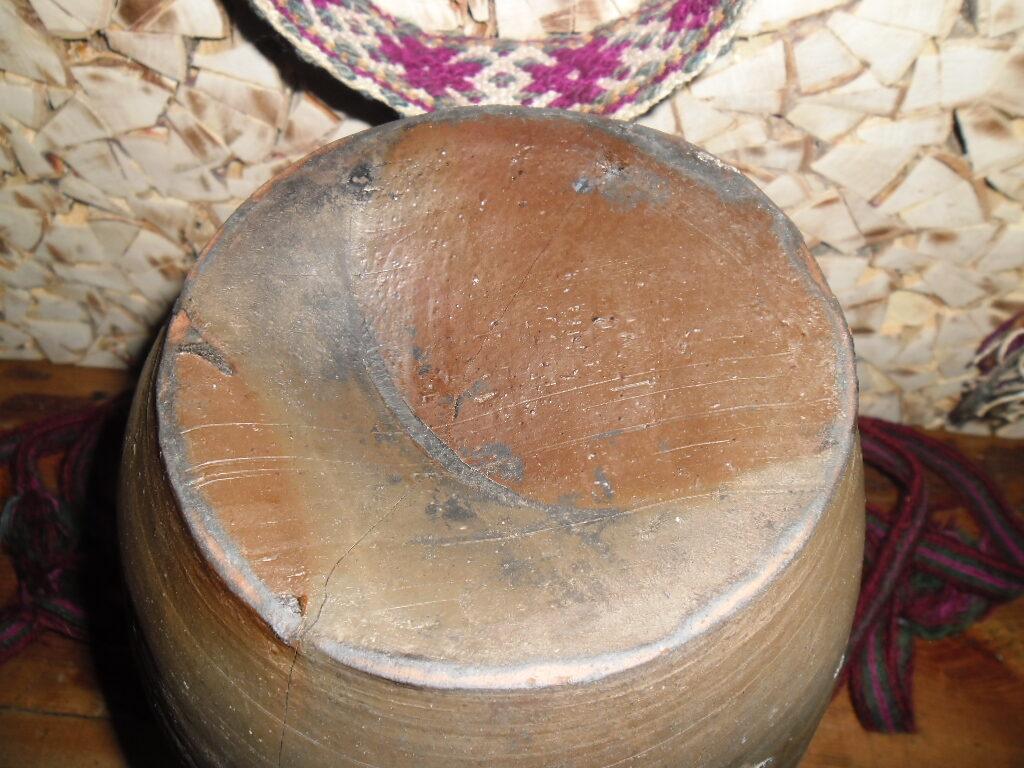 Melnā keramika Nr 22
