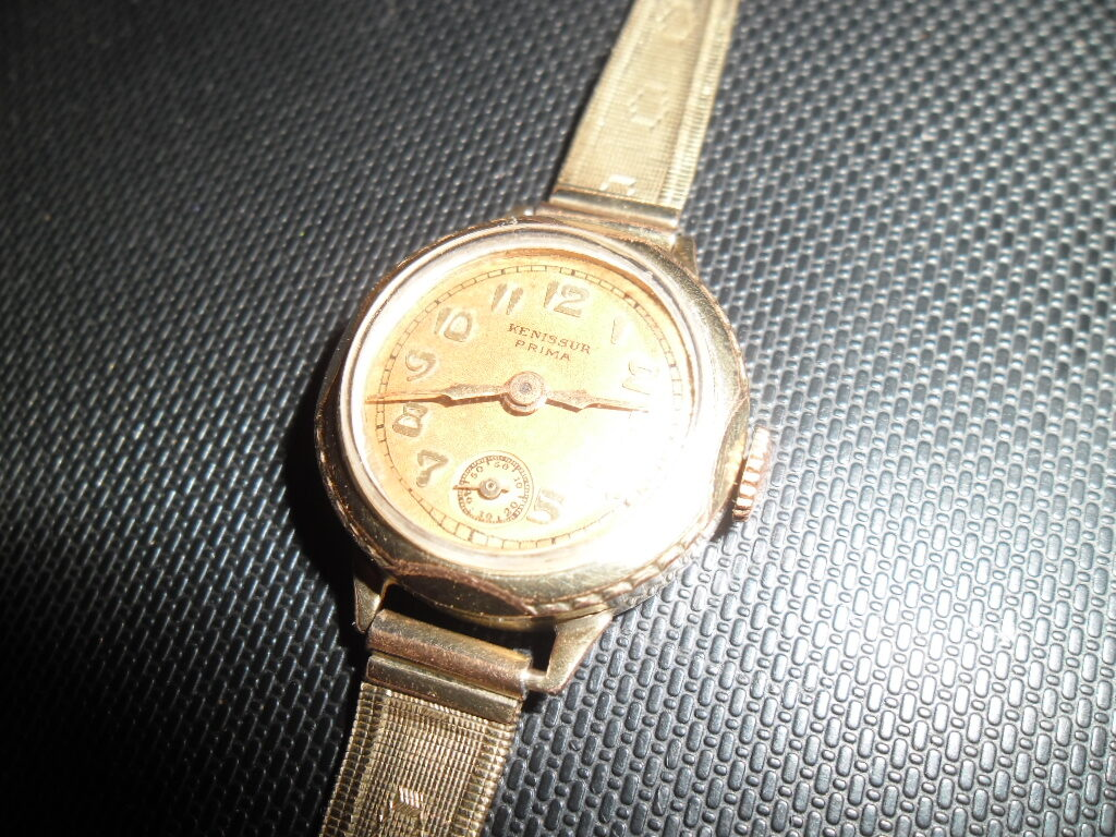 Дамские наручные швейцарские часы. Начало 20 века.