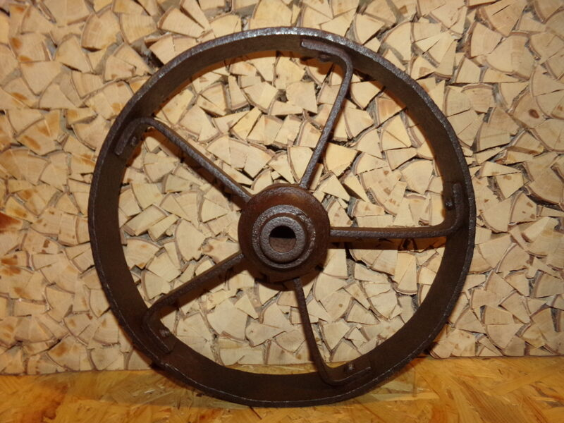 Железное колесо. Диаметр 29 см. Начало 20 века.
