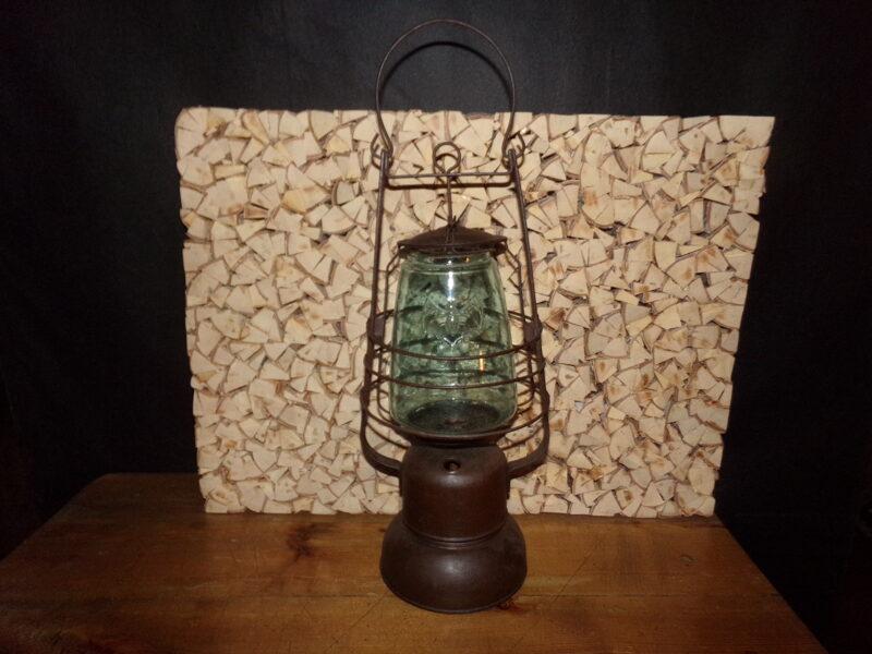 "Petrolejas lampa ""Sikspārnis"""