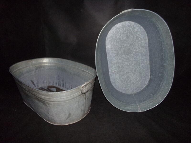 Две оцинкованные ванны. СССР. 1970-тые года.