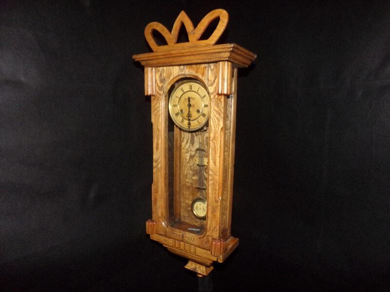 "настенные часы с боем "" Ля рой париж""."
