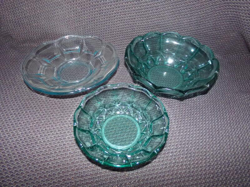 №12. Три вазы.
